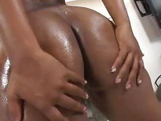 Vanessa Monet 02