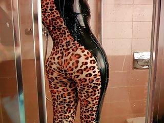Video 1541227701: big ass milf pov, pov ass fetish, latex catsuit, german latex fetish, milf pov hd, fetish straight, fetish stories, bathroom fetish, fetish close