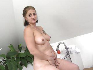 Mature letisha huge sex hunger...