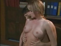 Julia Kruis - '''Scandalous Sex'''Schandalig Sex''&#;