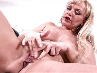Mature Whore Sadie Demonstrates Sex Toys In Action