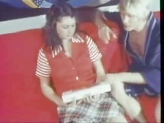 Vintage clip 2