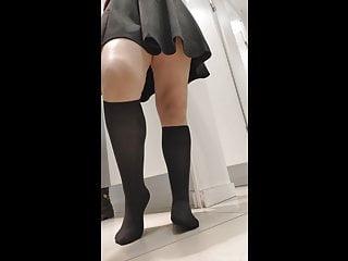 Voyeur Flashing Turkish video: turkish girl trying new skirts thong(Kilot araya kacmis)