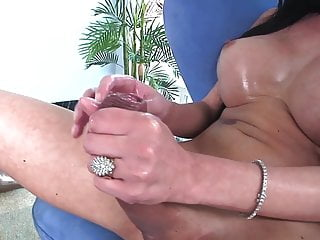 HOT AMERICAN SHEMALE CUMPILATION ( 2 )