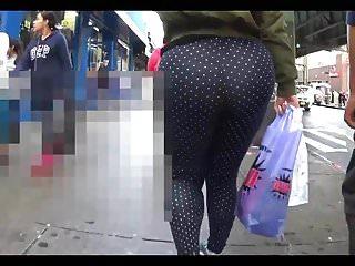 Following huge booty on NY streets v2
