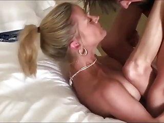 Pleasant Cougar horny mom  Recieves Creampie in Resort Residence