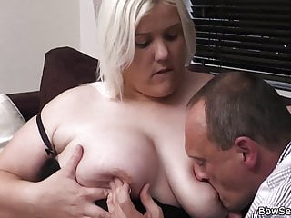 Blonde plumper after pussy licking...