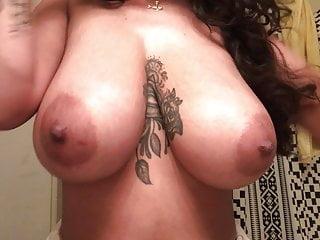 Large jugs bitch brushing her enamel