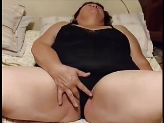 Cathy plays in black