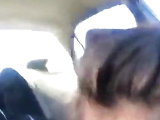 she sucks me in the car