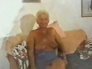 Mature Bionda Con Nipote N 2 Big Tits Con Gilf Mobileporn