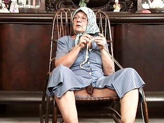 Ass devouring knitting granny loves cum on her face