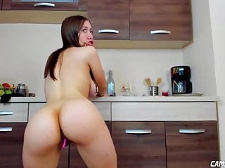 Teen Babe Slutting In Kitchen