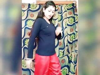 Vigo Hot Bhabhi vigo dance  Tiktok dance  Bhojpuri Dance...