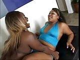 squirting lesbians