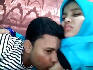 Bangladeshi college lover sucks on her boobs...