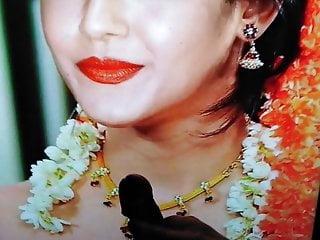 Kajal aggarwal cum tribute huge cumshower cum on big screen