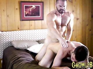 سکس گی سوار کار ماهر لاشه الاغ از یک مرد جوان تنگ با خروس بزرگ انجمن Twink فیلم کلوخه عضلات HD خود از blowjob بی زین خروس بزرگ