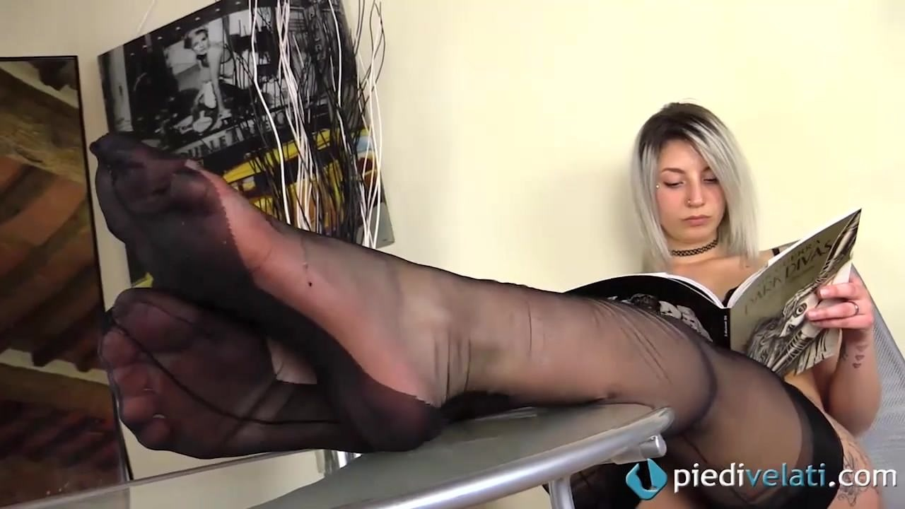 Foot Fetish Lesbian Beautiful