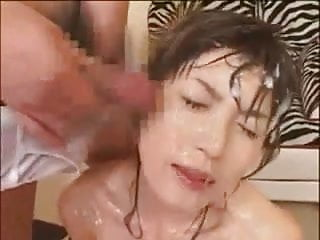 Amateur 039 whole body bathing with cum...