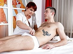 MATURE4K. Alluring manual therapist with dyed hair carnal