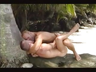 Hunk love in paradise...