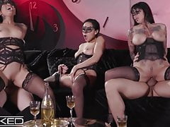 Wicked Honey Gold, Vicki Chase & Jessie Lee Please Men