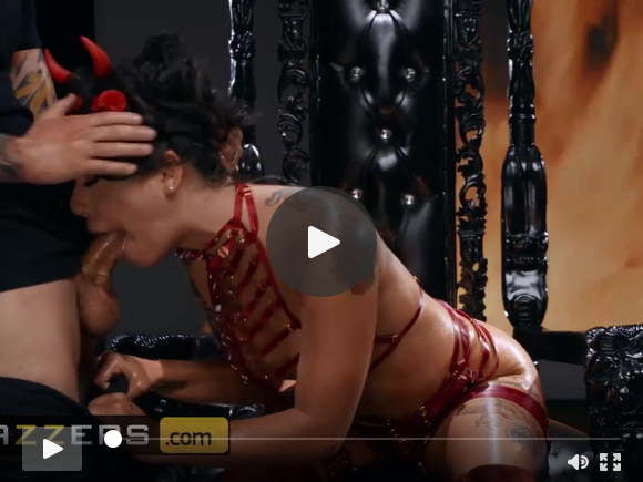 gina valentina small hands - the devil inside - brazzerssexfilms of videos