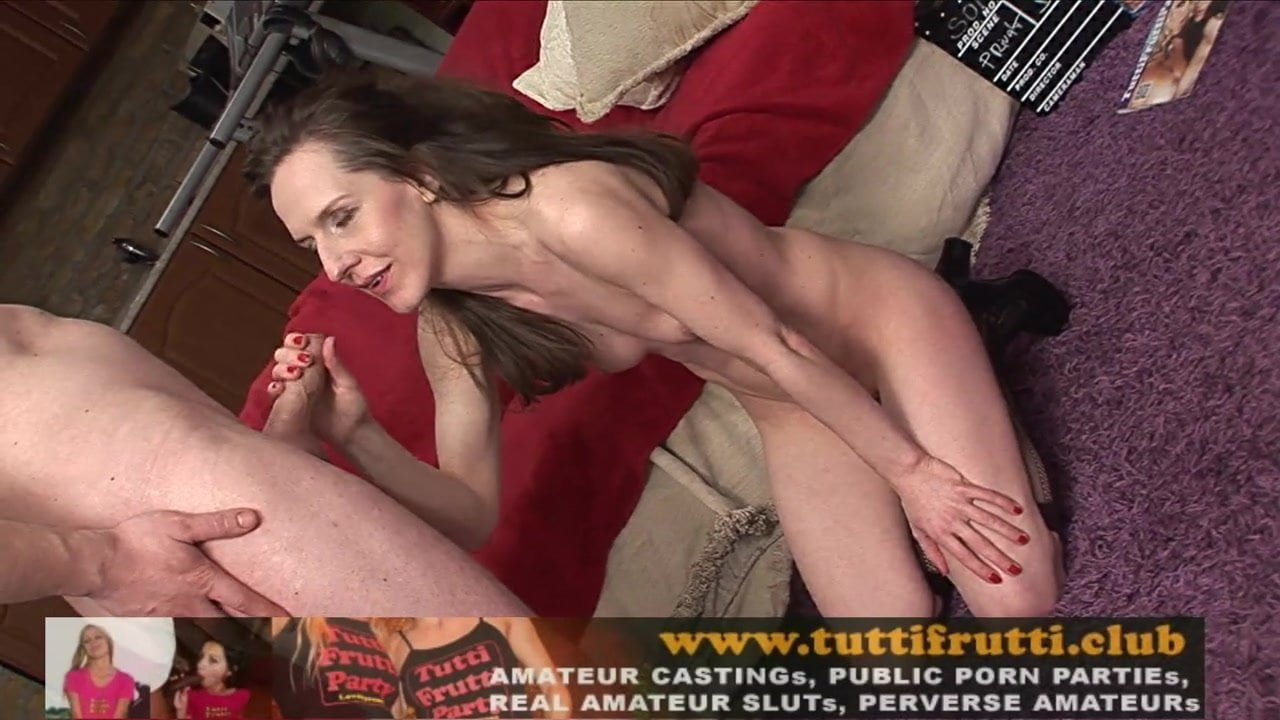 Amateur Milf Orgasm Toy
