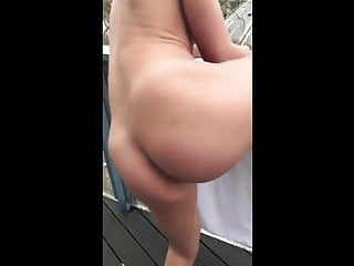 I fucker her on public balcony