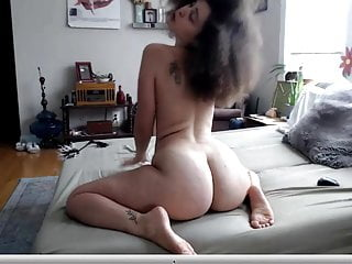 Lockenkopf Latina Blowjob