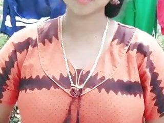 Cute tamil aunty...