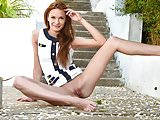 Stunning teen Carolizi