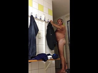 Daddy shows dick in locker room