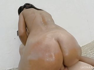 Try not to cum with that riding...