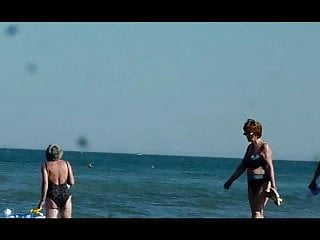 sexy grannies spied on the beach