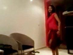 Lalla Asma - danst voor haar echtgenoot