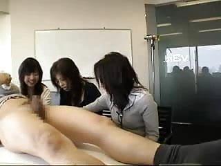 3 japanese women watch guy masturbate...