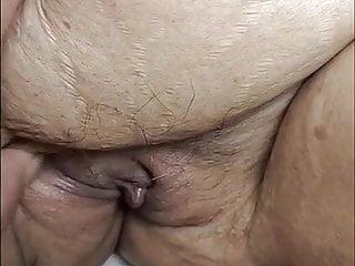 देसी चाची हमारे गांड के स्तन दिखाती हैं