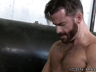 Straight hairy daddy fucks behind wifes back...