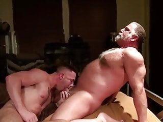 Hot Daddybear