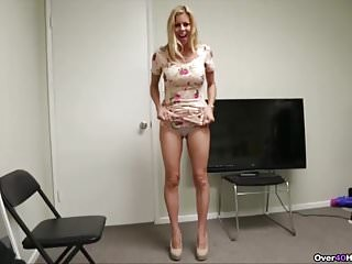 Mommy point of view handjob