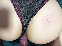 culona fottuta a pecorina con ancora indosso le mutandine Porn Videos