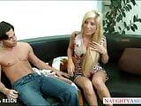 Chesty blonde Tasha Reign gets facialized