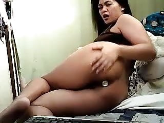 Rocyl filipina plug...
