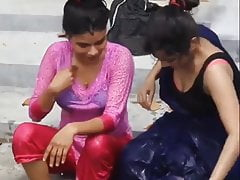 Teen Sexi Bangladeshi two Girls take open bath in a pond