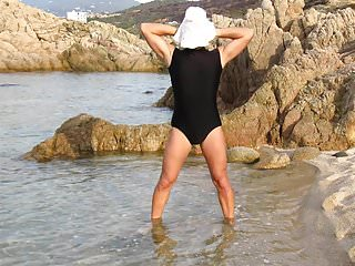 Swimsuit sexy crossdresser photo beach...
