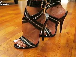 Tara Holiday Feet Porn Videos - fuqqt.com