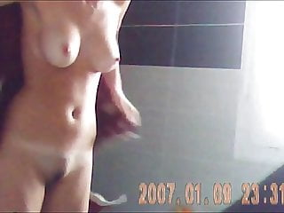 Hidden cam – Tall and hot whore out of the bathe