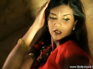Erotic Babe From Bollywood
